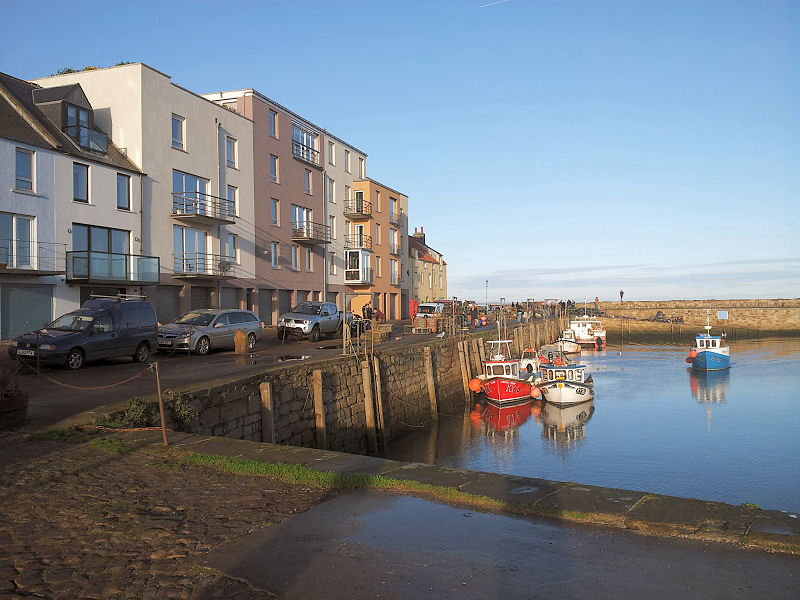 Holiday flat by St Andrews harbour